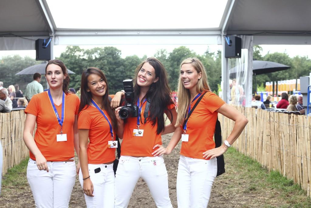 5.1 Enthousiaste en representatieve promotie- en cateringmedewerkers